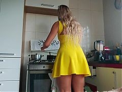 Housewife's sexy yellow dress