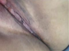 Teenager (+18), putting everything thick in her pussy.